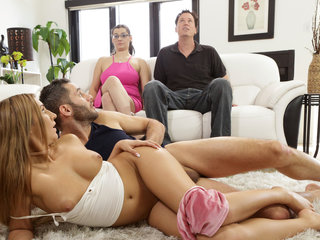 Hypnosis helps babe seduce with stepbrother
